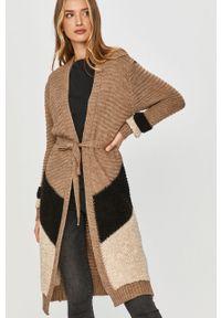 Beżowy sweter rozpinany Answear Lab wakacyjny