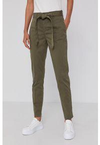 Mos Mosh - Spodnie. Okazja: na co dzień. Kolor: zielony. Materiał: tkanina. Styl: casual