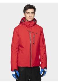 4f - Kurtka narciarska męska KUMN251 - czerwony. Typ kołnierza: kaptur. Kolor: czerwony. Materiał: poliester, materiał. Sezon: zima. Sport: narciarstwo