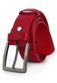 Czerwony pasek męski KMG66. Kolor: czerwony. Materiał: jeans, skóra. Styl: klasyczny, elegancki