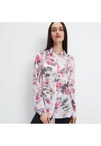 Mohito - Wzorzysta koszula z wiskozy - Różowy. Kolor: różowy. Materiał: wiskoza