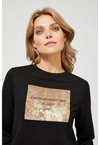 Czarna bluza MOODO z napisami, długa, bez kaptura, z długim rękawem