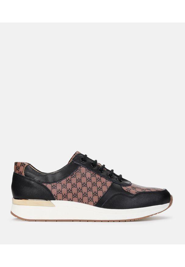 Kazar - Brązowo czarne sneakersy damskie. Okazja: na co dzień. Kolor: czarny, brązowy, wielokolorowy. Materiał: skóra. Szerokość cholewki: normalna. Wzór: aplikacja