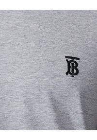 Burberry - BURBERRY - Szara koszulka z monogramem. Kolor: szary. Materiał: bawełna. Styl: klasyczny, sportowy