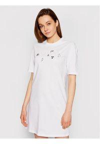 Armani Exchange Sukienka codzienna 3KYA90 YJW3Z 1000 Biały Regular Fit. Okazja: na co dzień. Kolor: biały. Typ sukienki: proste. Styl: casual