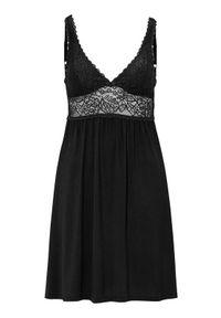 Czarna piżama Triumph w koronkowe wzory