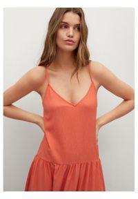 mango - Mango Sukienka letnia Salma 87039036 Pomarańczowy Regular Fit. Kolor: pomarańczowy. Sezon: lato