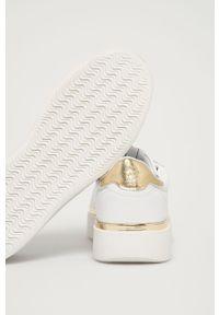 U.S. Polo Assn. - Buty. Nosek buta: okrągły. Zapięcie: sznurówki. Kolor: biały. Materiał: skóra ekologiczna, syntetyk, materiał, guma. Szerokość cholewki: normalna. Obcas: na obcasie. Wysokość obcasa: średni #2