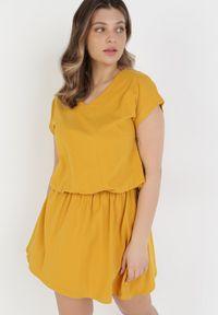 Born2be - Żółta Sukienka Harphephine. Kolor: żółty