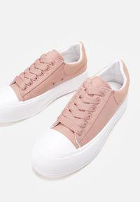 Renee - Różowe Trampki Daintho. Nosek buta: okrągły. Kolor: różowy. Materiał: jeans, materiał, guma. Szerokość cholewki: normalna