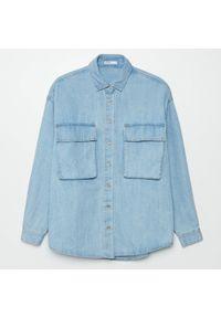 Cropp - Jeansowa koszula - Niebieski. Kolor: niebieski. Materiał: jeans