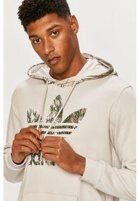 Szara bluza nierozpinana adidas Originals na co dzień, casualowa, z kapturem, z nadrukiem