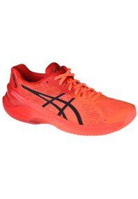 Czerwone buty do siatkówki Asics z cholewką