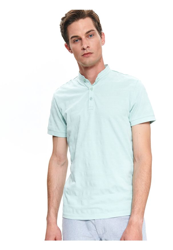 Zielony t-shirt TOP SECRET ze stójką, na wiosnę, w kolorowe wzory