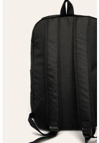 Czarny plecak Adidas z nadrukiem