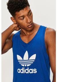 Niebieski t-shirt adidas Originals z okrągłym kołnierzem, na co dzień, casualowy, z nadrukiem
