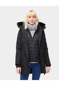 Ugg - UGG - Czarna parka z kamizelką ADIRONDACK. Kolor: czarny. Materiał: jeans, materiał, futro, syntetyk, puch. Długość: długie. Sezon: jesień, zima. Styl: klasyczny