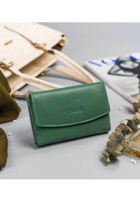 4U CAVALDI - Portfel damski zielony Cavaldi RD-DB-10-GCL-8768 TU. Kolor: zielony. Materiał: skóra