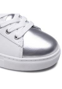 Białe półbuty Trussardi Jeans na co dzień, z aplikacjami