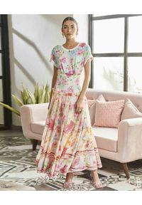 ROCOCO SAND - T-shirt z kwiatowym nadrukiem. Okazja: na co dzień. Kolor: zielony. Materiał: bawełna. Wzór: nadruk, kwiaty. Sezon: wiosna. Styl: casual