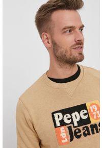 Pepe Jeans - Bluza Ianis. Okazja: na co dzień. Kolor: beżowy. Materiał: dzianina. Wzór: aplikacja. Styl: casual