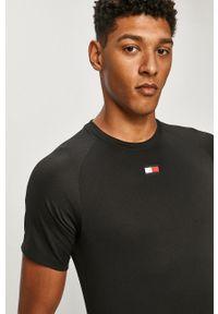 Czarny t-shirt Tommy Sport sportowy, na co dzień, z aplikacjami