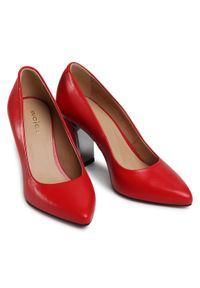 Czerwone półbuty Wojas na obcasie, eleganckie, na średnim obcasie, z cholewką