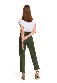 Zielone spodnie TOP SECRET na wiosnę, w kolorowe wzory