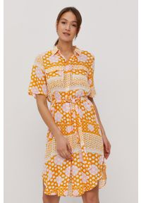 Vero Moda - Sukienka. Okazja: na co dzień. Kolor: pomarańczowy. Materiał: tkanina, wiskoza, materiał. Długość rękawa: krótki rękaw. Typ sukienki: proste. Styl: casual