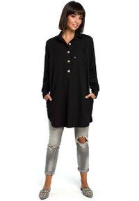 MOE - Czarna Długa Koszula z Kieszenią. Kolor: czarny. Materiał: len, poliester. Długość: długie