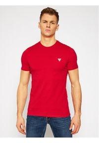 Guess T-Shirt M1RI36 I3Z11 Czerwony Slim Fit. Kolor: czerwony
