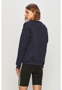 Niebieska bluza Lacoste z aplikacjami, bez kaptura, na co dzień