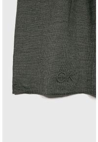 Szary szalik Calvin Klein