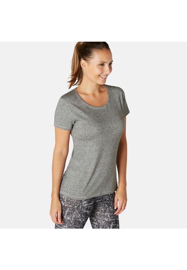 NYAMBA - Koszulka krótki rękaw fitness. Kolor: szary. Materiał: elastan, poliester, materiał, lyocell, bawełna. Długość rękawa: krótki rękaw. Długość: krótkie. Sport: fitness