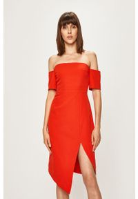 Czerwona sukienka Glamorous casualowa, prosta, na co dzień