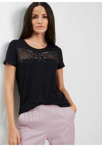 Shirt z ażurową koronką bonprix czarny. Kolor: czarny. Materiał: koronka. Wzór: ażurowy, koronka