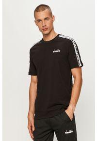 Czarny t-shirt Diadora z okrągłym kołnierzem, z aplikacjami, casualowy