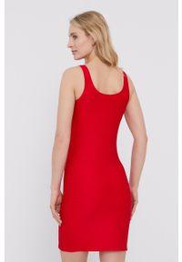 Emporio Armani Underwear - Emporio Armani - Sukienka. Kolor: czerwony. Materiał: dzianina. Długość rękawa: na ramiączkach. Wzór: gładki. Typ sukienki: dopasowane