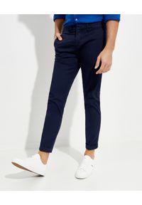 FAY - Granatowe bawełniane spodnie. Kolor: niebieski. Materiał: bawełna. Długość: długie. Styl: klasyczny