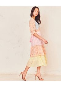 Sukienka midi, w kolorowe wzory, na imprezę