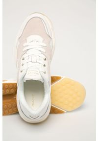 Białe sneakersy GANT z okrągłym noskiem, na średnim obcasie, na obcasie, z cholewką