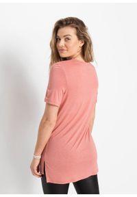 T-shirt z motywem zebry bonprix brzoskwiniowy. Kolor: czerwony. Długość: długie. Wzór: motyw zwierzęcy