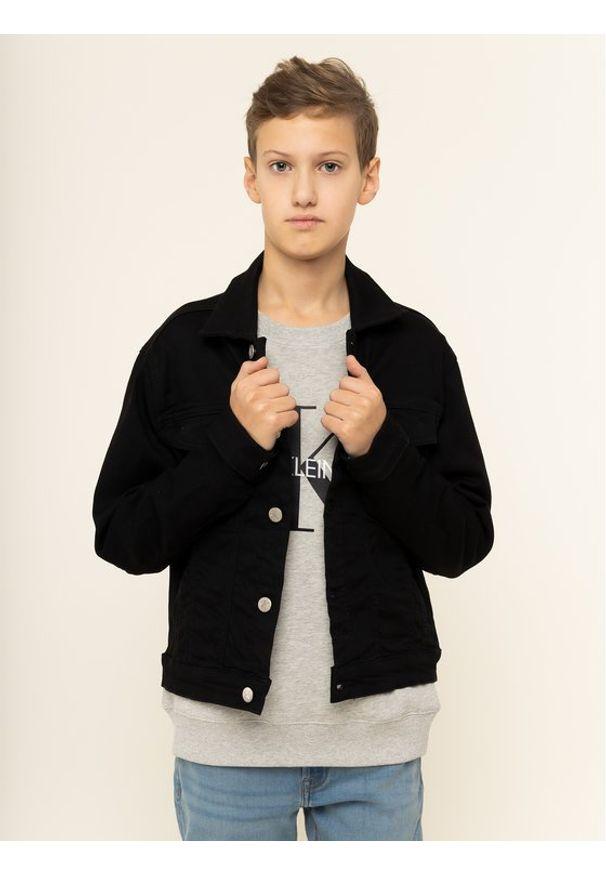 Calvin Klein Jeans Kurtka przejściowa Trucker Sust IU0IU00072 Czarny Regular Fit. Kolor: czarny