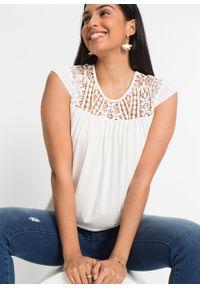 Shirt koronkowy z przyjaznej dla środowiska wiskozy bonprix biel wełny. Kolor: biały. Materiał: wiskoza, koronka, wełna. Wzór: koronka