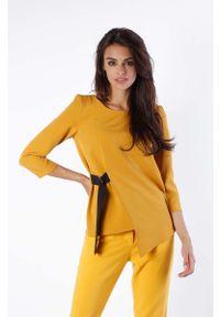 Nommo - Kamelowa Bluzka Asymetryczna z Czarną Taśmą. Kolor: czarny. Materiał: wiskoza, poliester