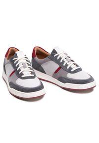 Clarks Sneakersy Bizby Lace 261596597 Szary. Kolor: szary