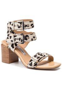 Beżowe sandały Bronx