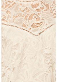 Biała bluzka Vila w koronkowe wzory, casualowa
