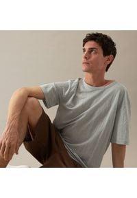 Reserved - Koszulka z wiskozą - Jasny szary. Kolor: szary. Materiał: wiskoza