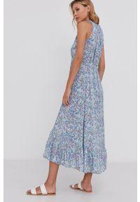 Answear Lab - Sukienka. Typ kołnierza: dekolt halter. Kolor: niebieski. Materiał: tkanina. Typ sukienki: rozkloszowane. Styl: wakacyjny